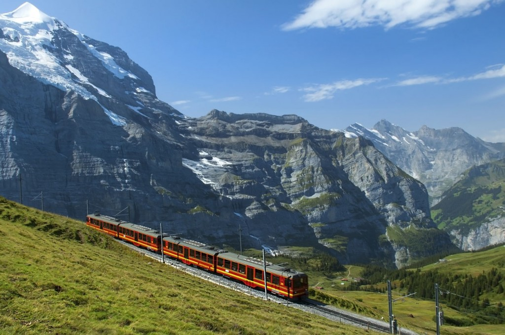 Review Exciting Ways To Travel By Rail